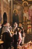 прихожанин пасхи церков правоверные стоковая фотография rf
