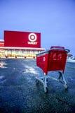 Прицельтесь магазин в моле Sunridge, Калгари Альберте Стоковые Изображения RF