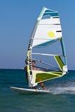причаливая быстрый windsurfer Стоковые Фото