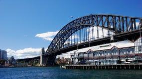 причал Сиднея улицы короля гавани моста Стоковая Фотография
