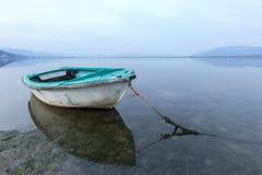 Причаленная рыбацкая лодка Стоковая Фотография RF