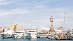 Причаленные яхты в Барселоне Стоковая Фотография