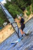 причаливая быстрый windsurfer Стоковые Изображения RF