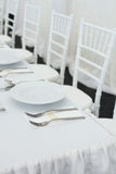 Причудливая таблица установленная для обедающего свадьбы Стоковые Фотографии RF