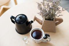 придает форму чашки чай Стоковые Фотографии RF