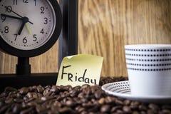 Придайте форму чашки точки польки, часы и стикер с днем Стоковое Изображение RF