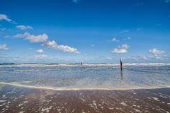 Прилив на пляже Северного моря Стоковые Изображения