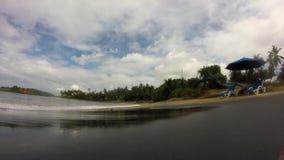 Прилив океана на пляже акции видеоматериалы