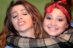 Придурковатые девушки BFF предназначенные для подростков Стоковая Фотография