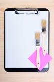 пробел чистит clipboard щеткой стоковые фото