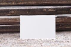 Пробел визитной карточки на деревянной предпосылке Стоковые Фото
