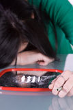проблема снадобья кокаина наркомании предназначенная для подростков Стоковое фото RF