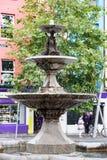 ПРОБОЧКА, ИРЛАНДИЯ - 19-ОЕ АВГУСТА 2017: Центр города пробочки, Ирландии стоковое фото rf