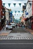 ПРОБОЧКА, ИРЛАНДИЯ - 19-ОЕ АВГУСТА 2017: Центр города пробочки, Ирландии стоковое изображение