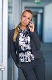 пробуренная женщина телефона дела Стоковые Фото