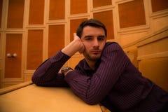 Пробуренный кавказский человек Стоковое фото RF