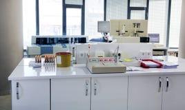 Пробы крови испытания в лаборатории Стоковое Фото