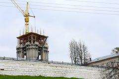Проведены конструкция и восстановление Кремля провинции Kostroma Стоковое Изображение