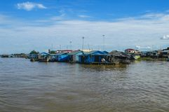 Провинция Chhnang Kampong дом реки makong около горы kongrie в Королевстве Камбоджи около границы Таиланда Стоковое фото RF