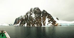 Проводя De Gerlache Пролив, Антарктида стоковое фото rf