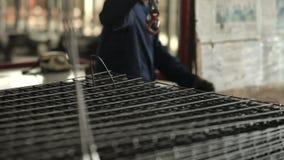 Провод нержавеющей стали в фабрике акции видеоматериалы
