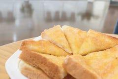 Провозглашанный тост хлеб с маслом и сахаром Стоковая Фотография