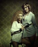 2 провокационных женщины моды Стоковые Изображения RF