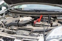 Провода в машинном отсеке Стоковая Фотография