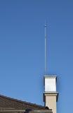 Проводник и небо молнии стоковая фотография rf