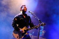 Провод Nicky, гитарист проповедников улицы диапазона Welsh маниакальных, выполняет на Палау Sant Jordi Стоковое Изображение