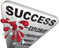 Прогресс термометра успеха измеряя к успешной цели Стоковое Фото