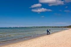 прогулка пляжа Стоковые Изображения
