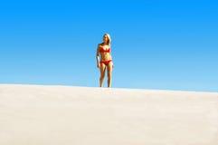 прогулка пляжа idyliic Стоковое Фото