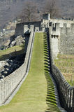 прогулка травы замока Стоковая Фотография