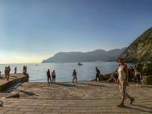 Прогулочные коляски медлят среднеземноморским на последнем afternoo в октябре стоковое фото rf