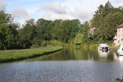Прогулочный катер на des Voges канала в Франции Стоковое Изображение RF