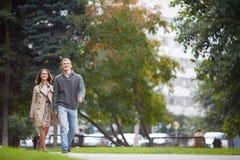 Прогулка в парке Стоковые Фото