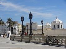 Прогулка Кадиса, Испании стоковое фото rf