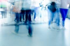 Прогулка пассажира нерезкости на метро Стоковое Изображение