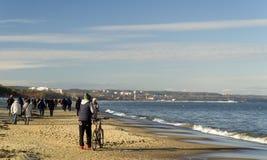 Прогулка утра на Балтийском море, Gdask, Польше стоковые фотографии rf