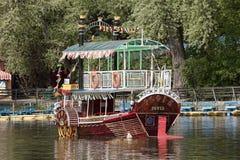 Прогулочное судно Стоковая Фотография RF