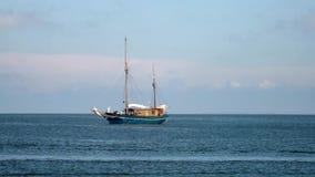 Прогулочное судно видеоматериал