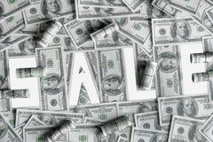 Продажа слова на предпосылке счетов 100-доллара, изоляте Стоковое Изображение RF