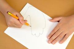 Продукция процесса Vap--шага карточки подарка: чертеж крыла голубя Стоковая Фотография RF