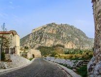 Проезжая часть вверх по акрополю в Греции Стоковое Изображение RF
