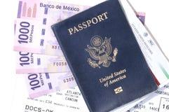 Проездные документы и песо Стоковая Фотография RF