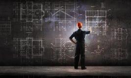 Проект притяжки человека построителя Мультимедиа Стоковые Изображения