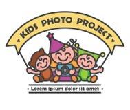 Проект фото детей логотипа иллюстрация вектора