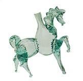 Прозрачное бутылочное стекло лошади, конец вверх, изолированная, белая предпосылка Стоковое фото RF