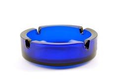 прозрачное ashtray голубое темное пустое Стоковая Фотография